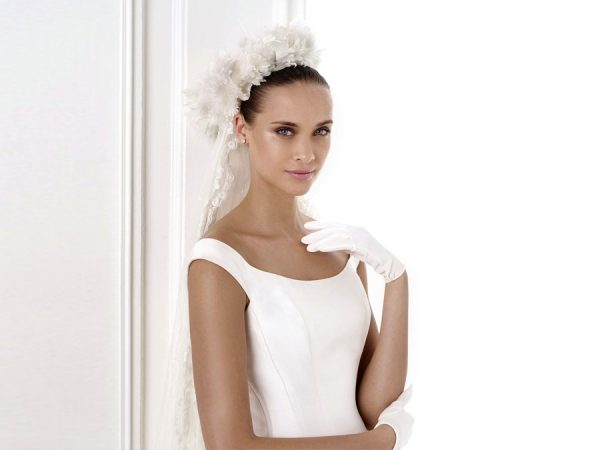 7dc39296d282 Toronto's Beautiful Wedding Mothers of Bride Dresses and Evening Gowns